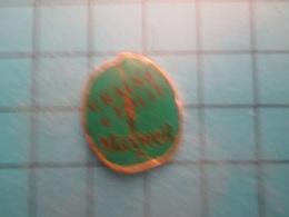 Pin512g2 Pin's Pins : Rare Et Belle Qualité :  CAFE GRAIN DE FOLIE   , Marquage Au Dos : - ---- - Beverages