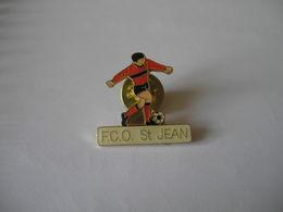 Joueur De Football FCO SAINT JEAN DE LA RUELLE - Football