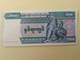 200 Kyats 2004 - Myanmar