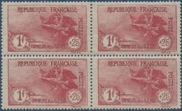 N°__231 ORPHELINS 1917 NEUF**/* BLOC DE 4 TIMBRES POSTE - Nuovi