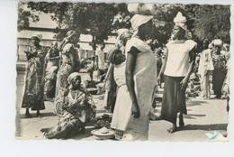 AFRIQUE - REPUBLIQUE CENTRAFRICAINE - BANGUI - Au Marché - Centraal-Afrikaanse Republiek