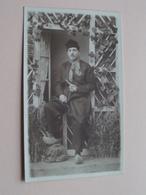 KLOMPEN - KLEDERDRACHT ( Foto Jos BULENS - MERXEM ) ( Zie Foto's Voor Detail - Costumes