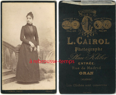 CDV Algérie- Jeune Femme élégante Mode-photo L. Cairol Rue De Madrid à Oran - Old (before 1900)
