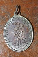 Pendentif Médaille Religieuse Paroisse De Saint Christophe En Touraine (Saint-Christophe-sur-le-Nais) Religious Medal - Religion & Esotérisme