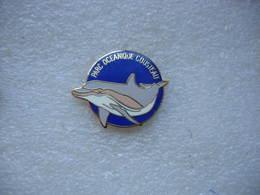 Pin's Du Parc Océanique COUSTEAU: Dauphins - Badges