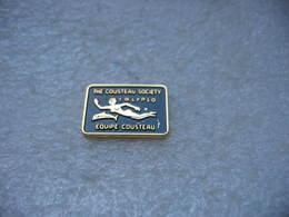 Pin's De La Société COUSTEAU Calipso - Badges