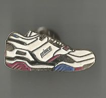 Pin's Chaussure De Sports Prince - Trademarks