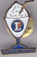 Pin's Avec Son Attache (voir Photo) N°223 Cafétaria Leclerc - Badges