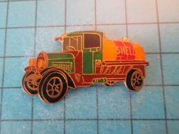 Pin512g1 Pin's Pins : Rare Et Belle Qualité :  CAMION SHELL CITERNE ESSENCE    , Marquage Au Dos : - ----  - - Transportation