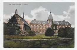 Taunton - The Kings College - Photo Montague Cooper - England