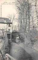 Objat      19      Le Pont Et Bords De La Loy      (voir Scan) - France