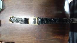 A Wrist Watch-an Elegant Next Door-quartz(52)-used Good Payler - Jewels & Clocks