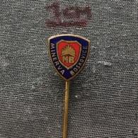 Badge (Pin) ZN006488 - Minerva Boskovice Czechoslovakia (Sewing Machine) - Trademarks