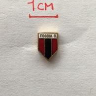 Badge (Pin) ZN006501 - Football (Soccer / Calcio) Italy Foggia - Football