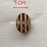 Badge (Pin) ZN006504 - Football (Soccer / Calcio) Italy Vittoria - Football