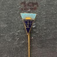 Badge (Pin) ZN006544 - Football (Soccer / Calcio) Portugal GOEP Estoril Praia - Football