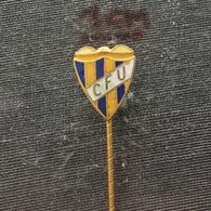 Badge (Pin) ZN006546 - Football (Soccer / Calcio) Portugal CFU União (Uniao) Da Madeira - Football