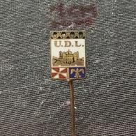 Badge (Pin) ZN006552 - Football (Soccer / Calcio) Portugal UDL União (Uniao) Desportiva De Leiria - Football
