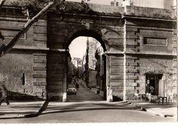 34----MONTPELLIER---vieille Porte Extérieure--( Bar De La Vieille Porte )--voir 2 Scans - Montpellier