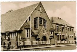 St Idesbald, De Kerk En School (pk41598) - Koksijde
