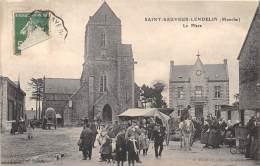 50 - MANCHE / 502079 - Saint Sauveur Lendelin - La Place - Beau Cliché Animé - Otros Municipios