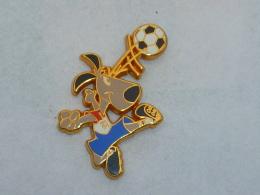 Pin's FOOTBALL USA 94 - Football