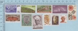 Inde -  11 Timbres Usagés Mais Sans Marque  De Cancellation, No Killer Postmark - Inde