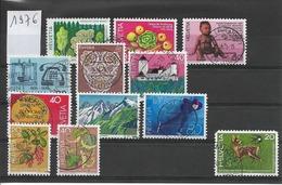 LIQUIDATION / SUISSE Année 1976 / 11  Timbres Oblitérés  +1  Défectueux Offert / Seront Livrés En Vrac - Gebraucht