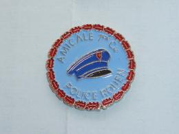 Pin's AMICALE POLICE DE ROUEN - Police