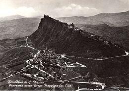 Repubblica Di San Marino - Panorama Aereo Borgo Maggiore Con Citta 1955 - San Marino