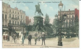 CPA LILLE (59)  PLACE RICHEBE MONUMENT FAIDHERBE Colorisee  Port  0,80 N17& - Lille