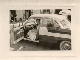 Photo  Authentique -     Automobile   SIMCA  VEDETTE  -  Versailles Ou Chambord ??? - Photos