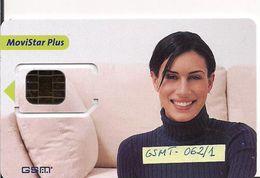 TARJETA GSMT 062/1 MOVISTAR  CHICA SOFA VERDE - Spain