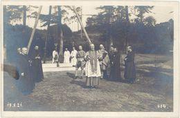 Madagascar ? Afrique ? – Carte-photo, Pose De La 1ere Pierre D'un  Monument Aux Morts, Cimetière Français (17 – 9 – 21) - Cartes Postales