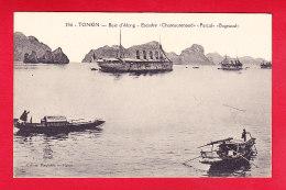 """E-Vietnam-227P214  Baie D'Along, Escadre """"""""CHATEAURENAUD, PASCAL, BUGEAUD"""""""", Cpa BE - Viêt-Nam"""