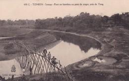 SONTAY / PONT EN BAMBOU OU PONT DE SINGES PRES DE TONG - Vietnam