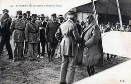 MILITARIA- 494  2 - Guerre Du Rif. Le Maréchal Lyautey Recoit Le Maréchal Pétain. - Other