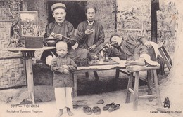 TONKIN  / INDIGENE FUMANT L OPIUM . DIEULEFILS 3017 - Vietnam