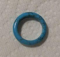 Anneau Minéral TURQUOISE + Lisse -neuf Jamais Porté(1) + Taille : 18,27 Mm Environ - Turquoise