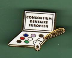 CONSORTIUM DENTAIRE EUROPEEN *** Numerote 56/90 *** Signe Arthus BERTRAND *** 0502 - Arthus Bertrand