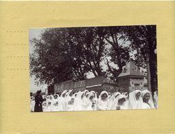 NEGATIF  Et  PHOTO  De CAEN 14  - Manifestation Religieuse  En 1946 ,  Centre Ville Procession Fete Dieu 1946 - Lieux