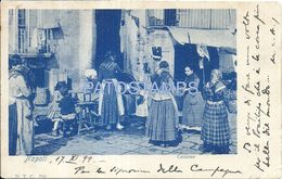 85382 ITALY NAPOLI CAMPANIA COSTUMES WOMAN WORKING CIRCULATED TO ARGENTINA POSTAL POSTCARD - Italia