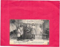 TYPES De PYRENEES - Le Bouquet Pour La Fete De Maman - BORD1512 - - France