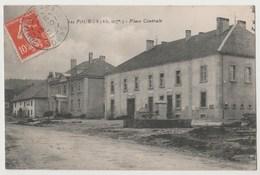 CPA 25 LES FOURGS Place Centrale - Altri Comuni