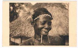AFR-1090   Afrique Equatoriale : OUBANGUI : Une Elegante - Central African Republic