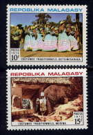 MDG - 513/514** - COSTUMES - Madagascar (1960-...)