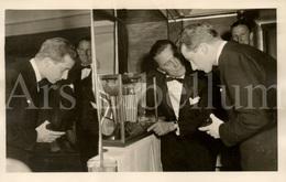 Postcard / ROYALTY / Belgique / Prince Albert / Prins Albert / Kirk Douglas / 1958 - Artistes