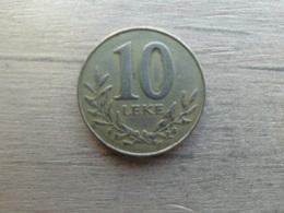 Albanie  10  Leke  2000  Km 77 - Albanie