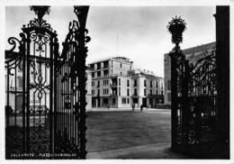 Cartolina Gallarate Piazza Garibaldi - Varese