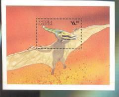 ANTIGUA & BARBUDA  2253  MINT NEVER HINGED SOUVENIR SHEET OF DINOSAURS - Briefmarken